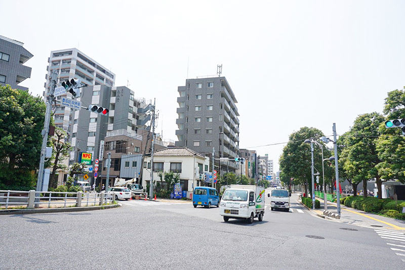 墨堤通りの交差点