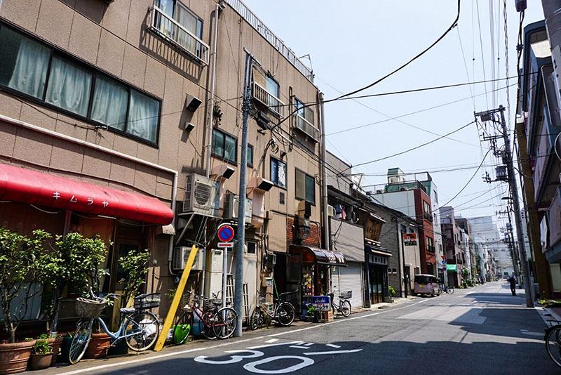 浅草通りから1本中に入ったところにある住宅