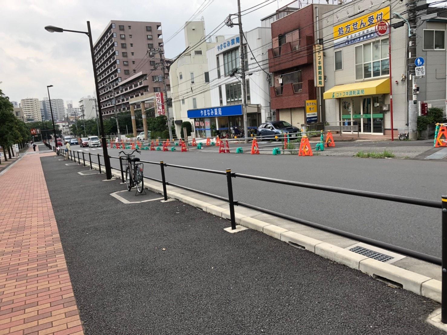 帝京大学板橋キャンパス前の道路