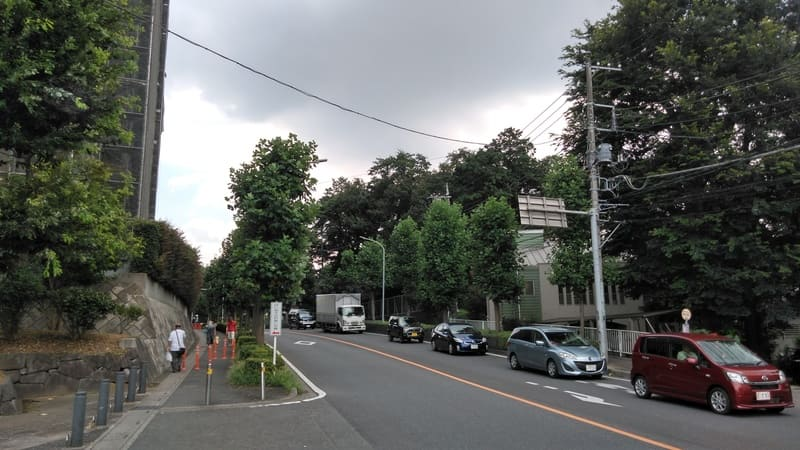 ユリノ木通り