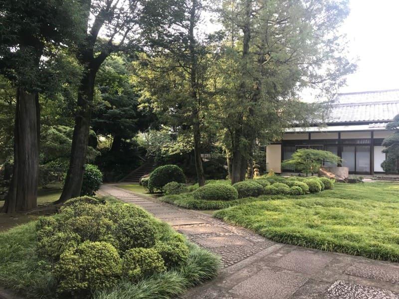 日王山の庭園