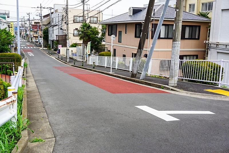 瑞江小学校横の坂道