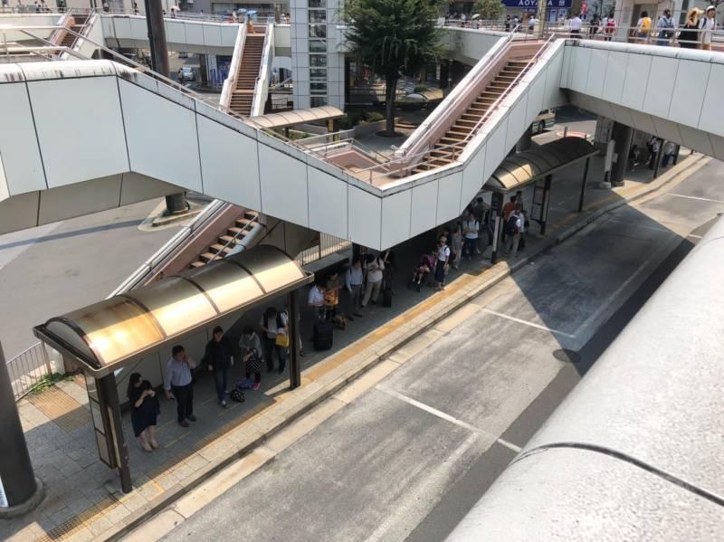大宮駅西口のバス停