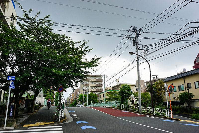 猿江橋の通り