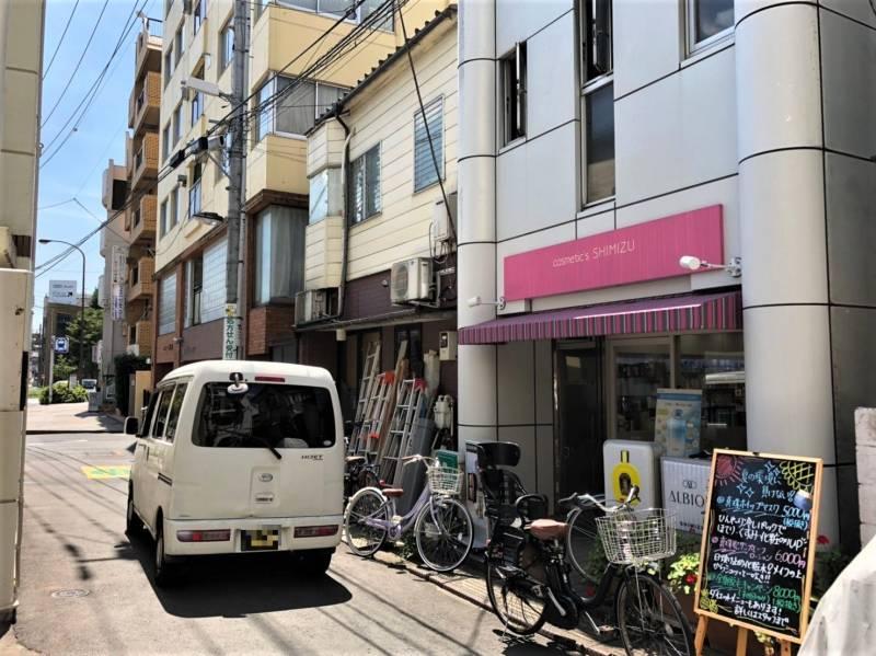 千石駅の裏路地
