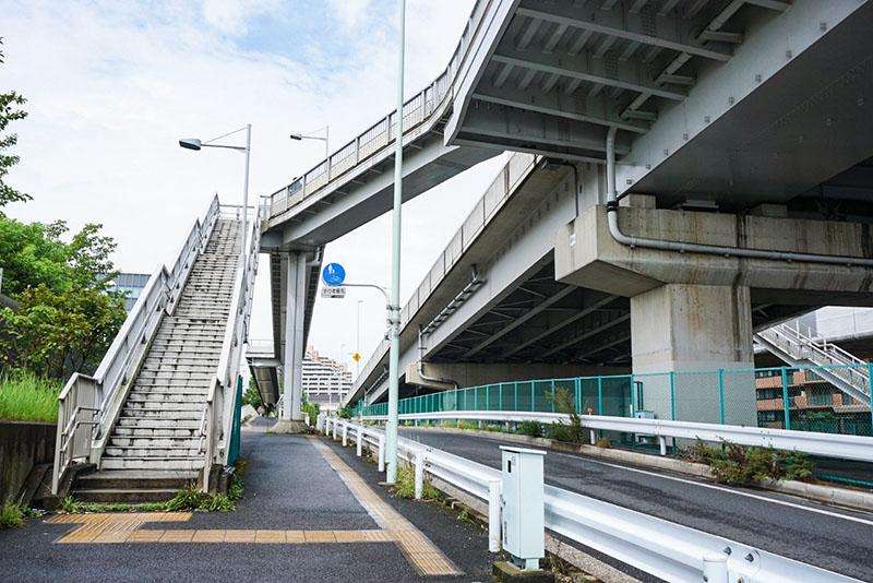 清砂大橋の階段