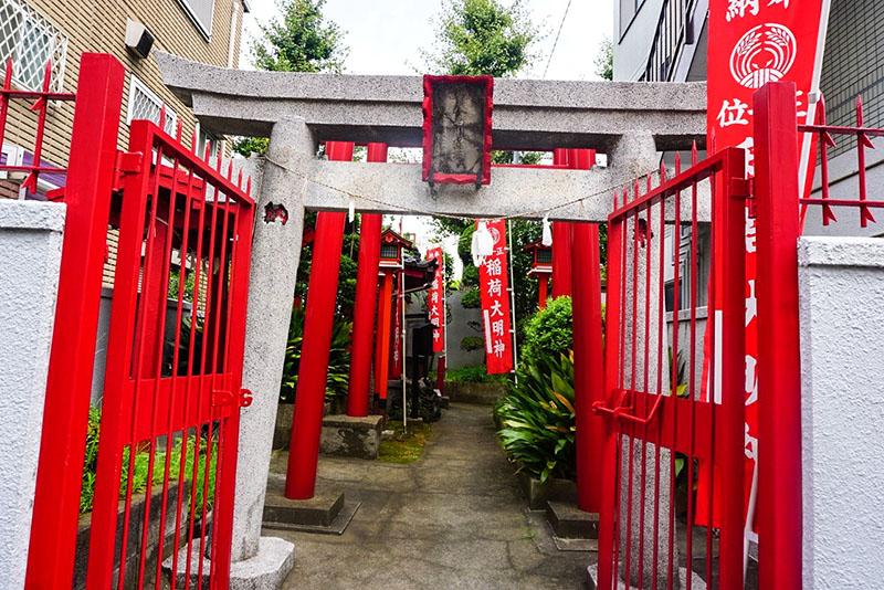八名川稲荷神社