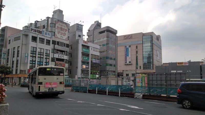 志木駅の南側ロータリー付近