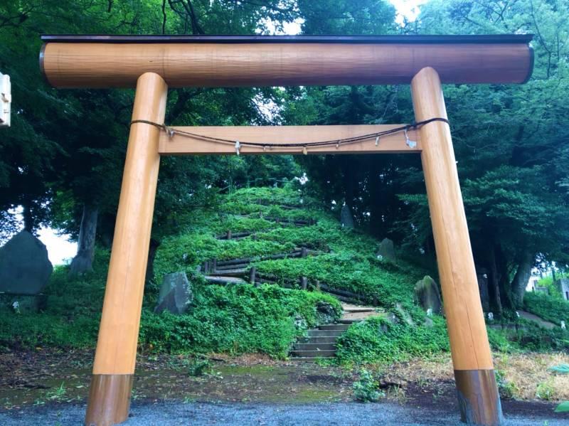 中里富士塚の鳥居
