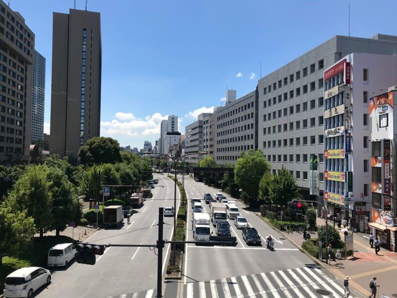 飯田橋交差点歩道橋からの外堀通り
