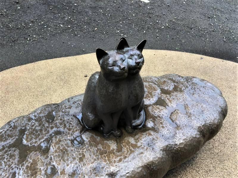 練馬区立 美術の森緑地の猫のオブジェ