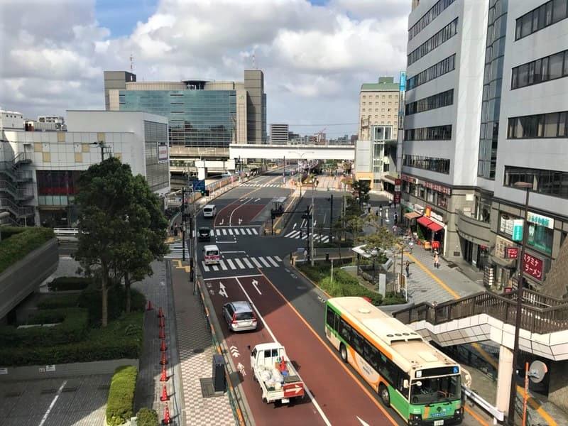 田端駅前の風景