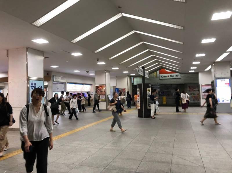 中村橋駅の夜の様子