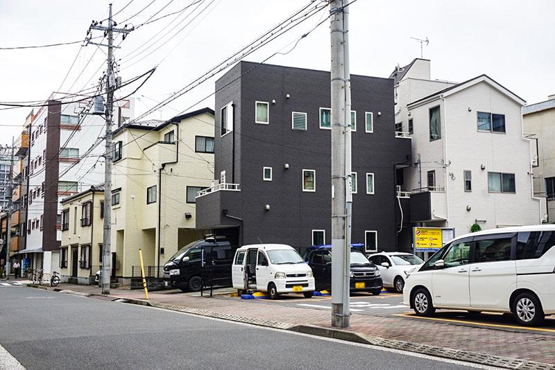 大横川沿いの住宅