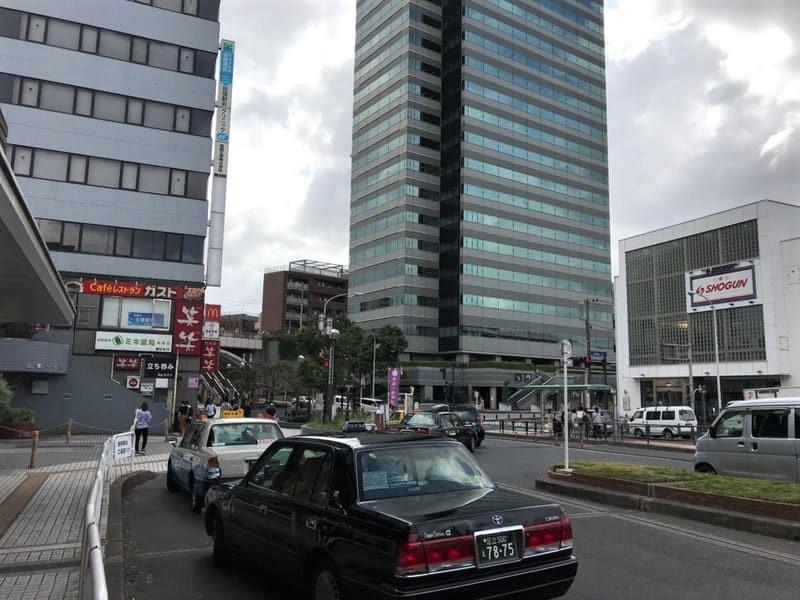 田端駅北口駅前の風景