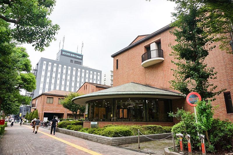 江東区立東陽図書館