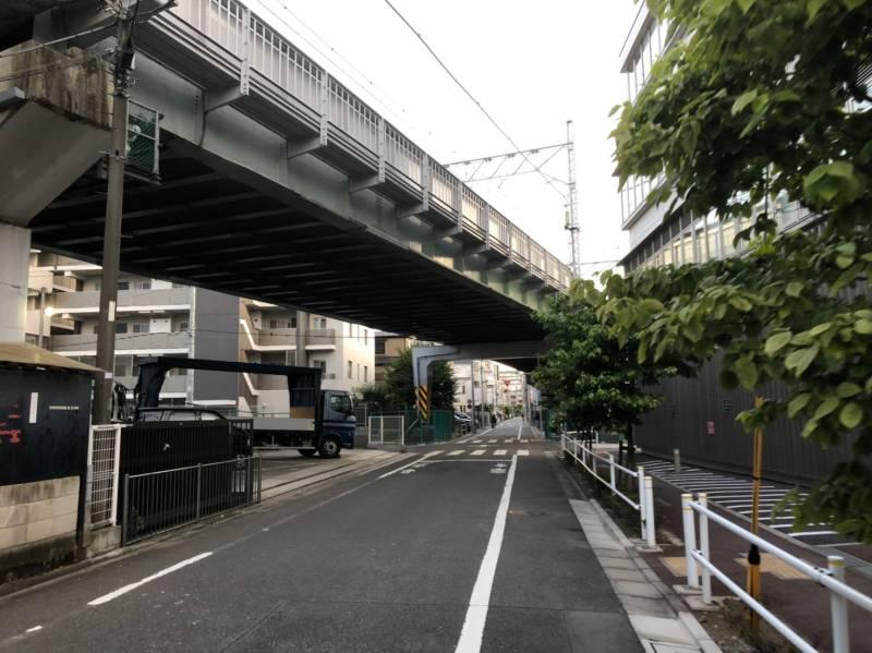 三田線の高架下