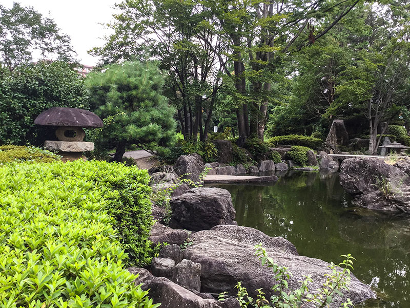 北浦和公園内の日本庭園風の池