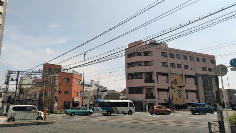 新庚申塚駅前 交差点