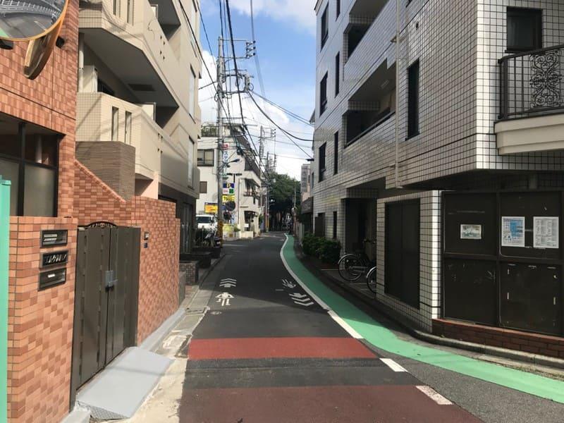 田端駅すぐの道