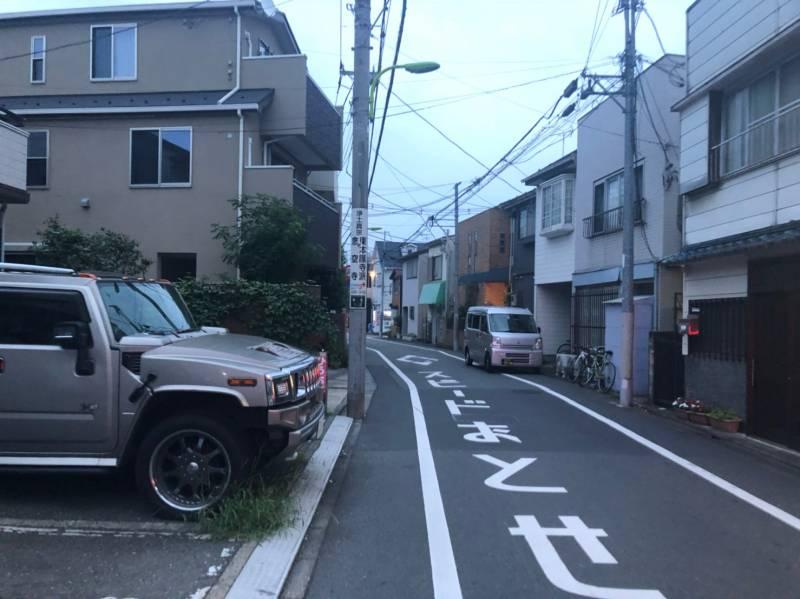街灯が少ない道