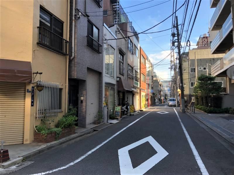 湯島駅周辺の路地