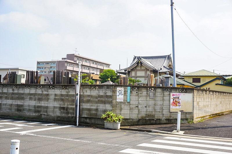 清砂大橋通りの墓地