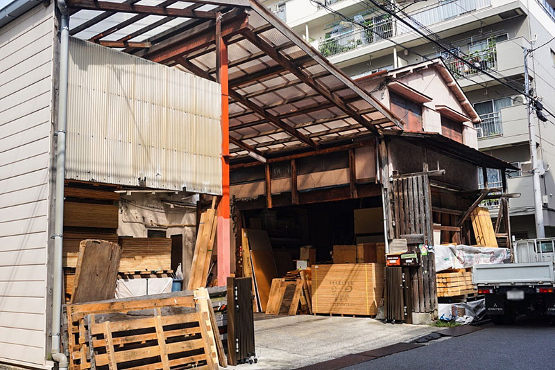 木材の倉庫