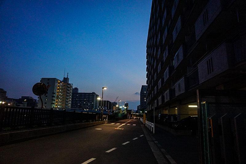 小名木川沿いの夜の風景