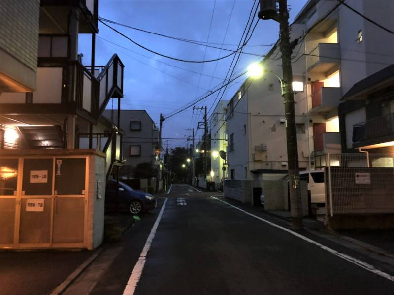 東京都練馬区中村北4丁目の夜の様子