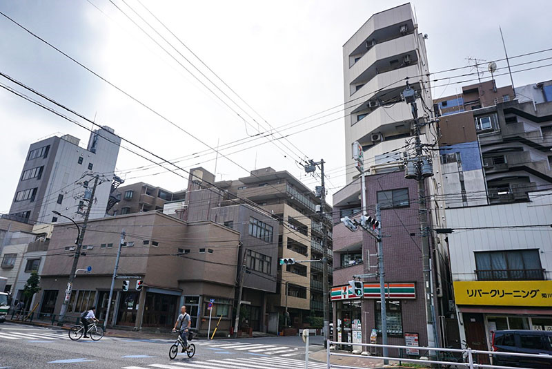 菊川橋西詰の交差点