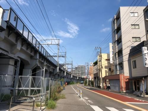 京成本線の線路沿いの風景