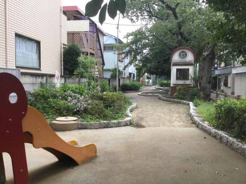 千川親水公園の遊具