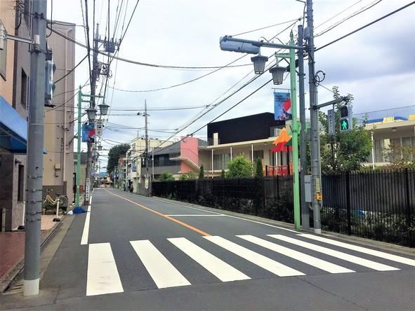 寿福寺第一幼稚園前の横断歩道