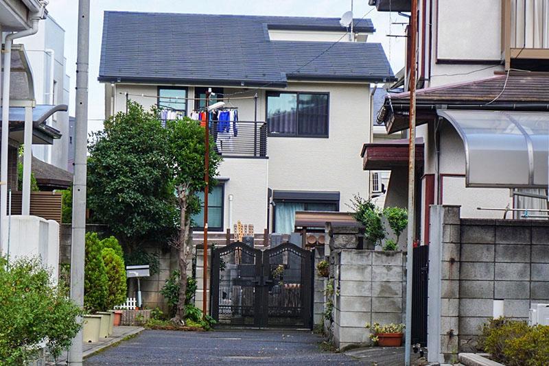 神社周辺の住宅