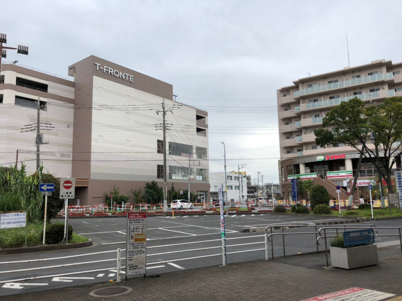 戸田駅東口前のロータリー