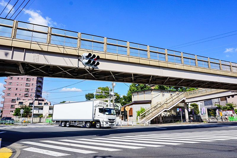 香取神社前の交差点
