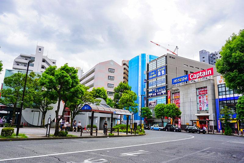 篠崎駅南口の駅前