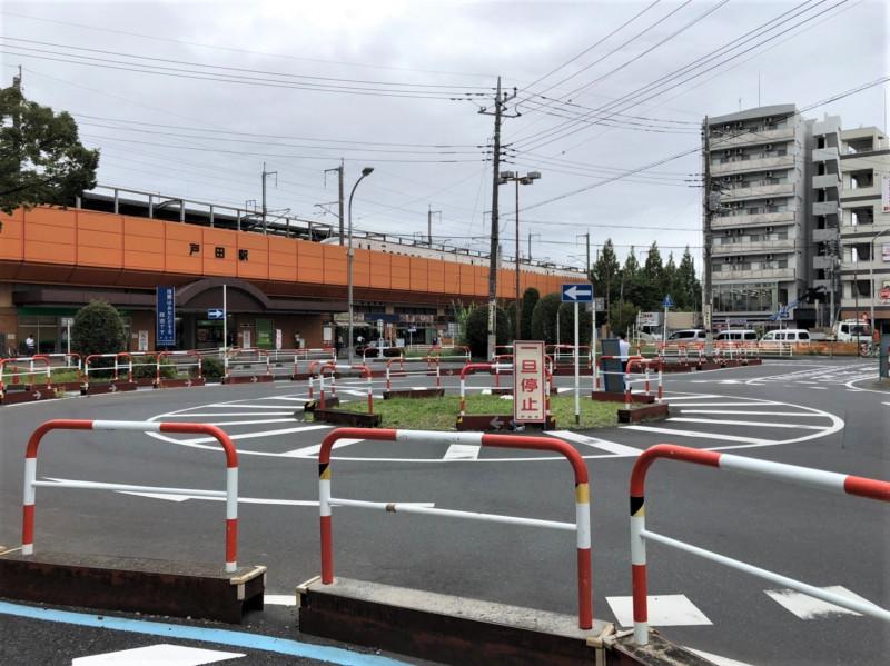 戸田駅前のロータリー