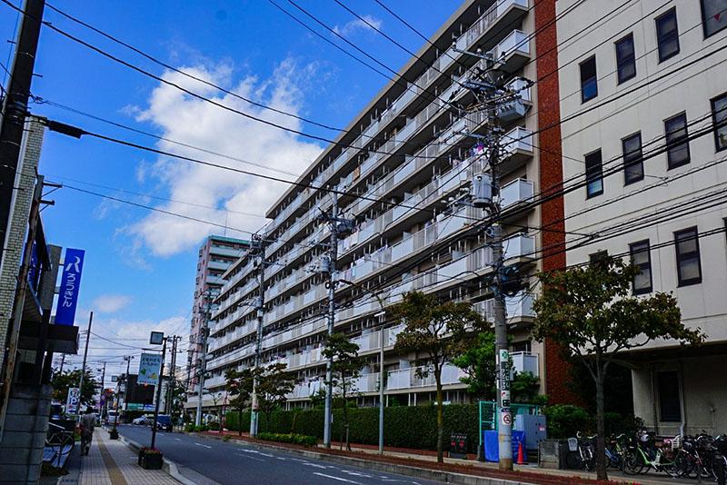 市川浦安線沿いのマンション