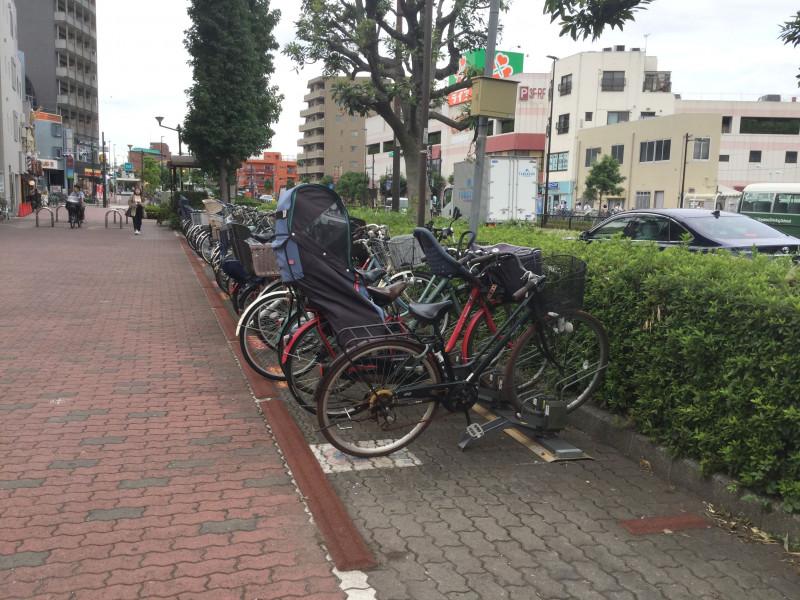 仙川駅前(要町通り)の駐輪スペース
