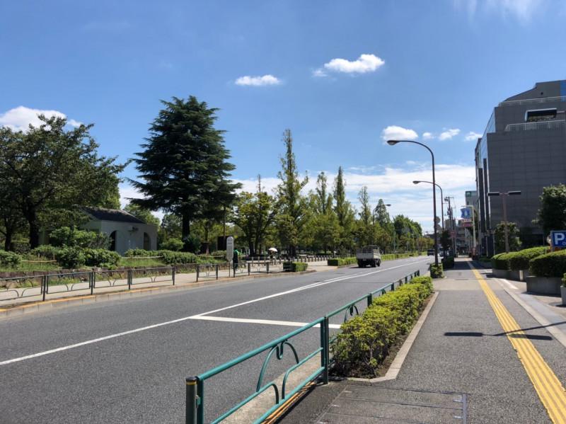 浮間公園前の車道