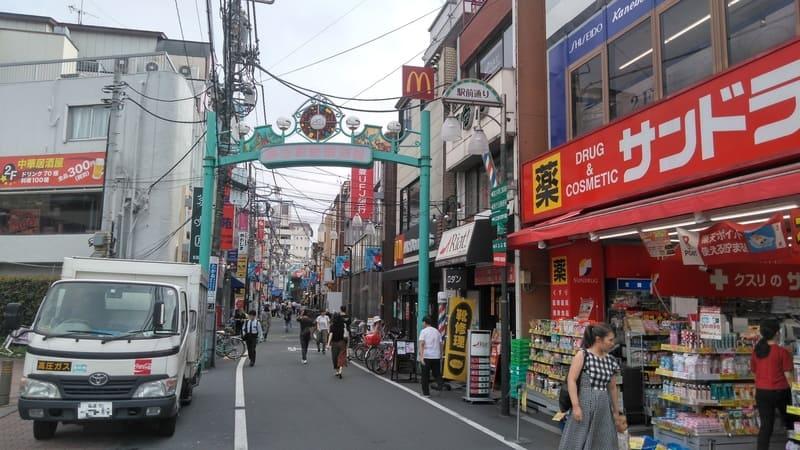 野方駅南口前 商店街