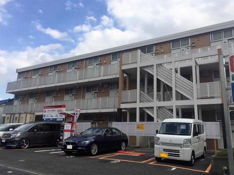 新川町のアパート