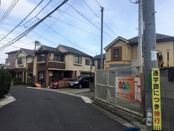 春日町付近の戸建て住宅