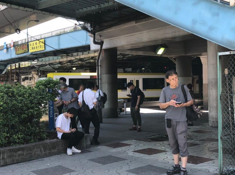王子駅の喫煙所