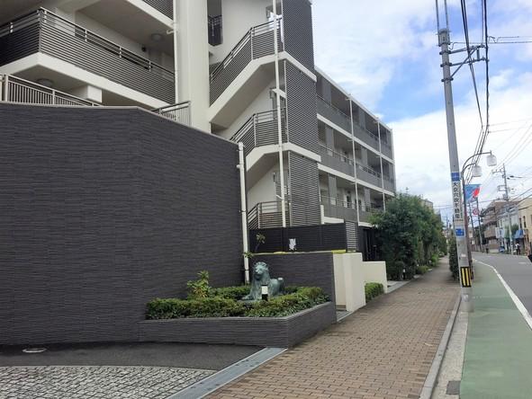 地蔵通り沿いアパート
