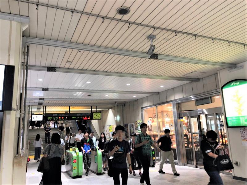 戸田駅の改札