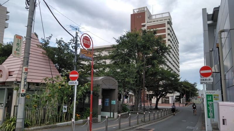 巣鴨警察署 駒込駅前交番