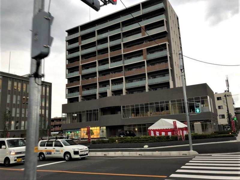 北戸田駅東側の新曽つつじ通りのマンション